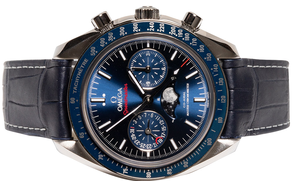 Omega Speedmaster Moonwatch Co‑Axial Master Chronometer Moonphase Chronograph 44.25mm